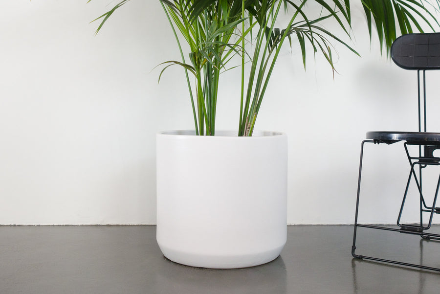 "18"" Pot / Planter - Matte White Cylinder"