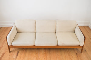 MC Mobler Sofa