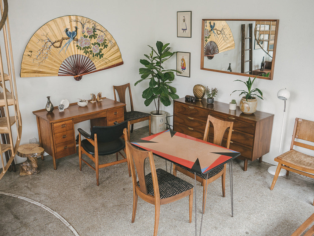 Deco Dining Table
