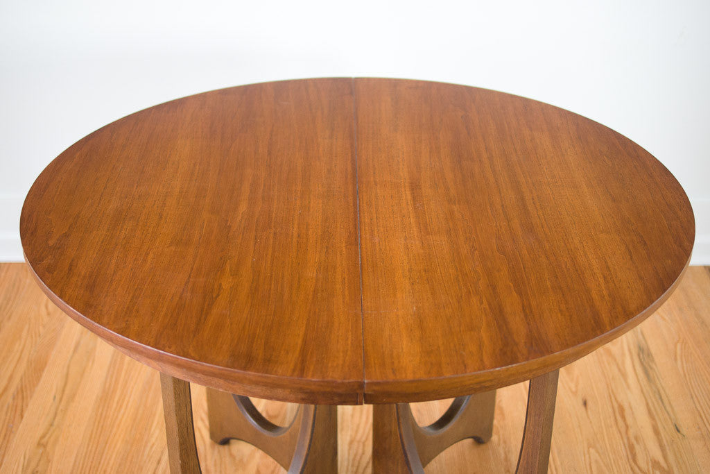 Broyhill Brasilia Dining Table