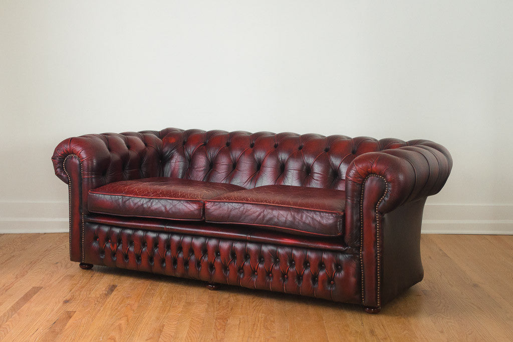 Groovy English Red Leather Chesterfield Bralicious Painted Fabric Chair Ideas Braliciousco