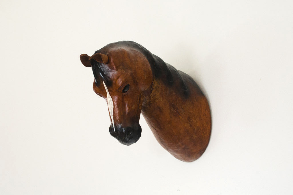 Leather Horse Mount