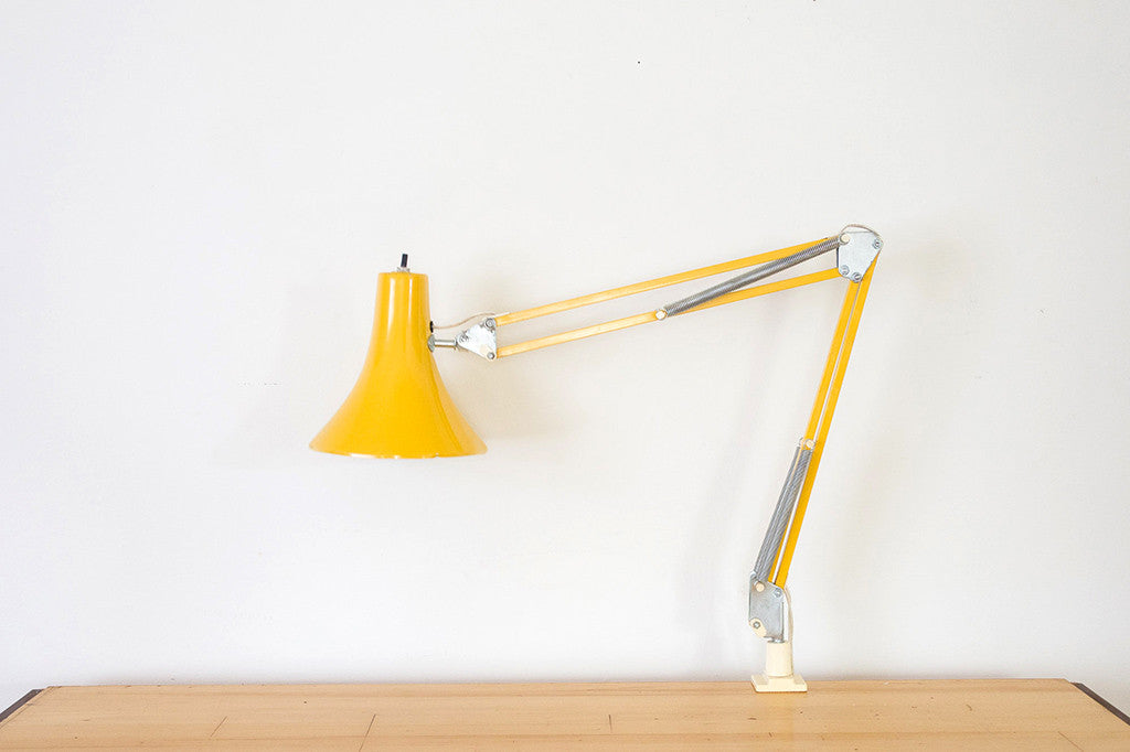 MCM Union Made Task Light