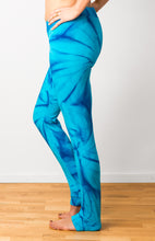 Load image into Gallery viewer, Turqoise Star Tie Dye Leggings