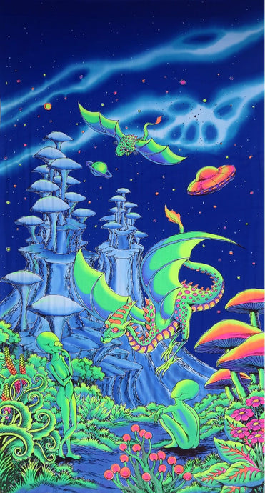 UV Wallhanging : Aliens and Dragons - UV Wallhangings - Space Tribe