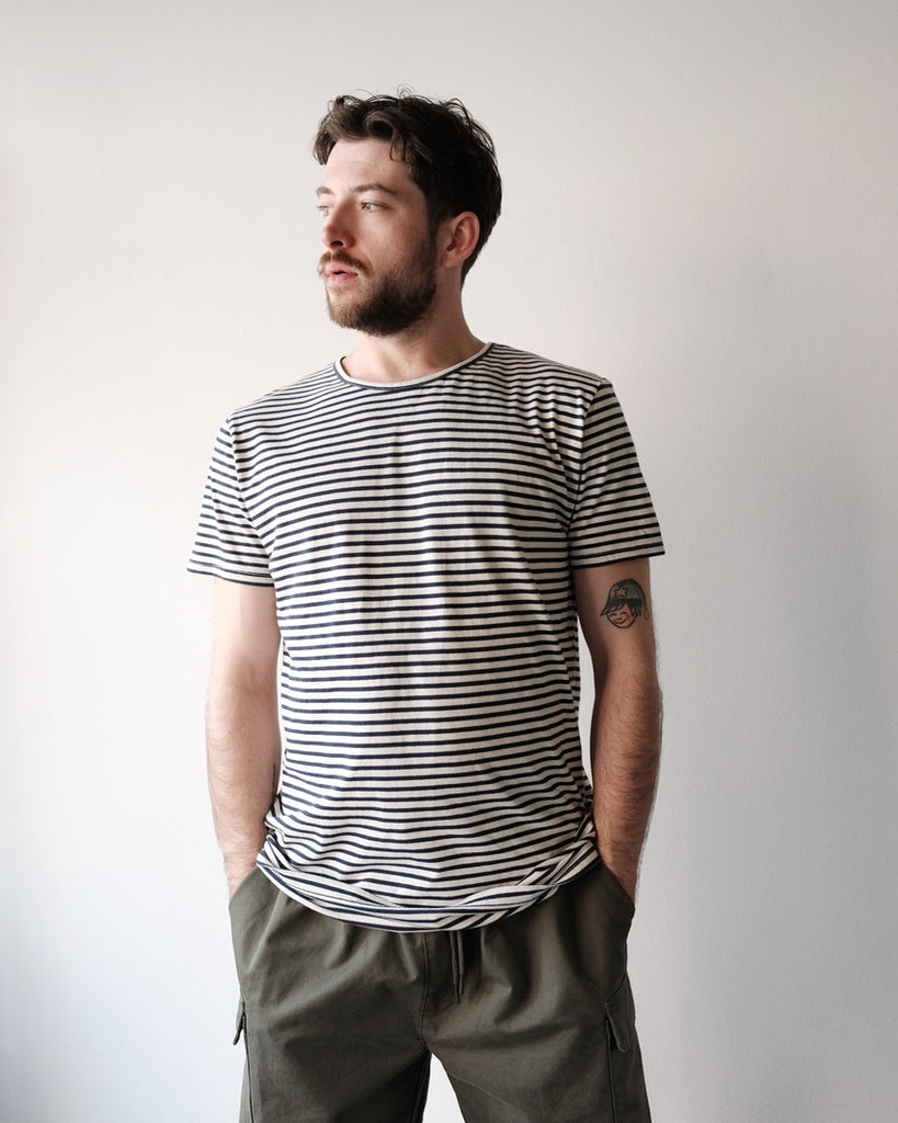 Lasse Tee, Black Stripe