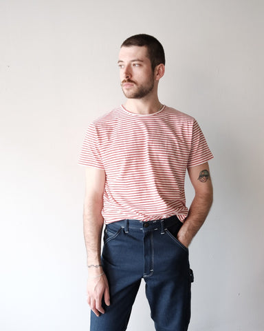 Lasse Tee, Red Stripe