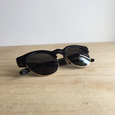 Han Kjobenhavn, Smith Sunglasses