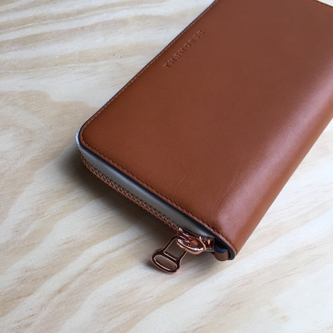 The Horse Block Wallet, Tan with White