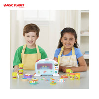 Play-Doh Kitchen Creations Magical Oven Food Set with 6 Cans of Dough