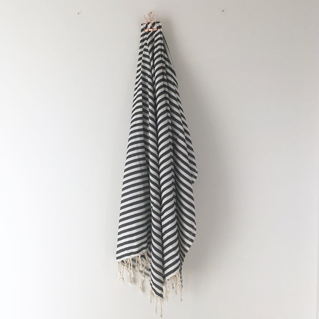 St Tropez Turkish Towel Black