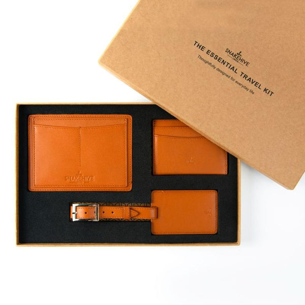 THE ESSENTIAL LEATHER TRAVEL KIT - THE ESSENTIAL COLLECTION