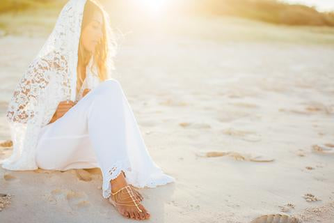 ARE YOU A BAREFOOT BRIDE?