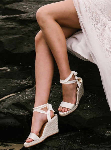 3ab0fdeb1a68 We made a list of shoes you can wear to beat all of those wedding footwear  fears you ...