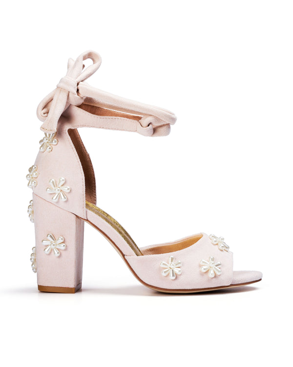 Ladies bridal shoes with pearl flowers for wedding day