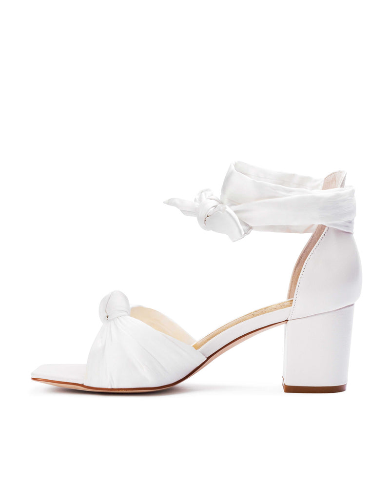 Ivory square toe bridal shoe with bow tie front