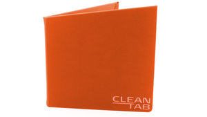 CleanTab – smartes Essenstablett, gefaltet von vorne, orange