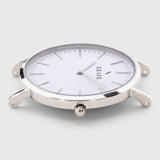 Silver round case women's watch - white dial - Svelte Kraek