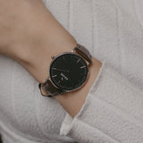 wrist photo - brown leather strap - 18 mm