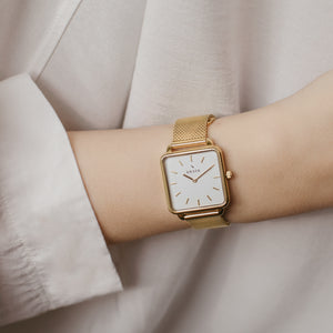 wrist photo - gold mesh strap - 16 mm - Svelte - white dial