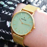 wrist photo - gold mesh strap - 18 mm - Svelte - green dial