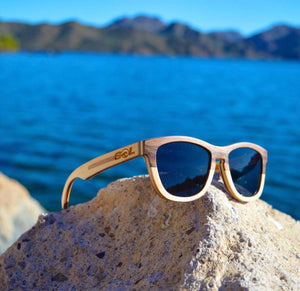 Leven // Walnut-Maple Two Tone // Polarized