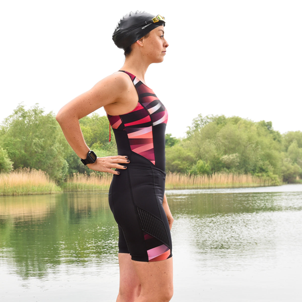 Triathlon Badeanzug mit Powermesh BH-Futter in Rot/ Pink