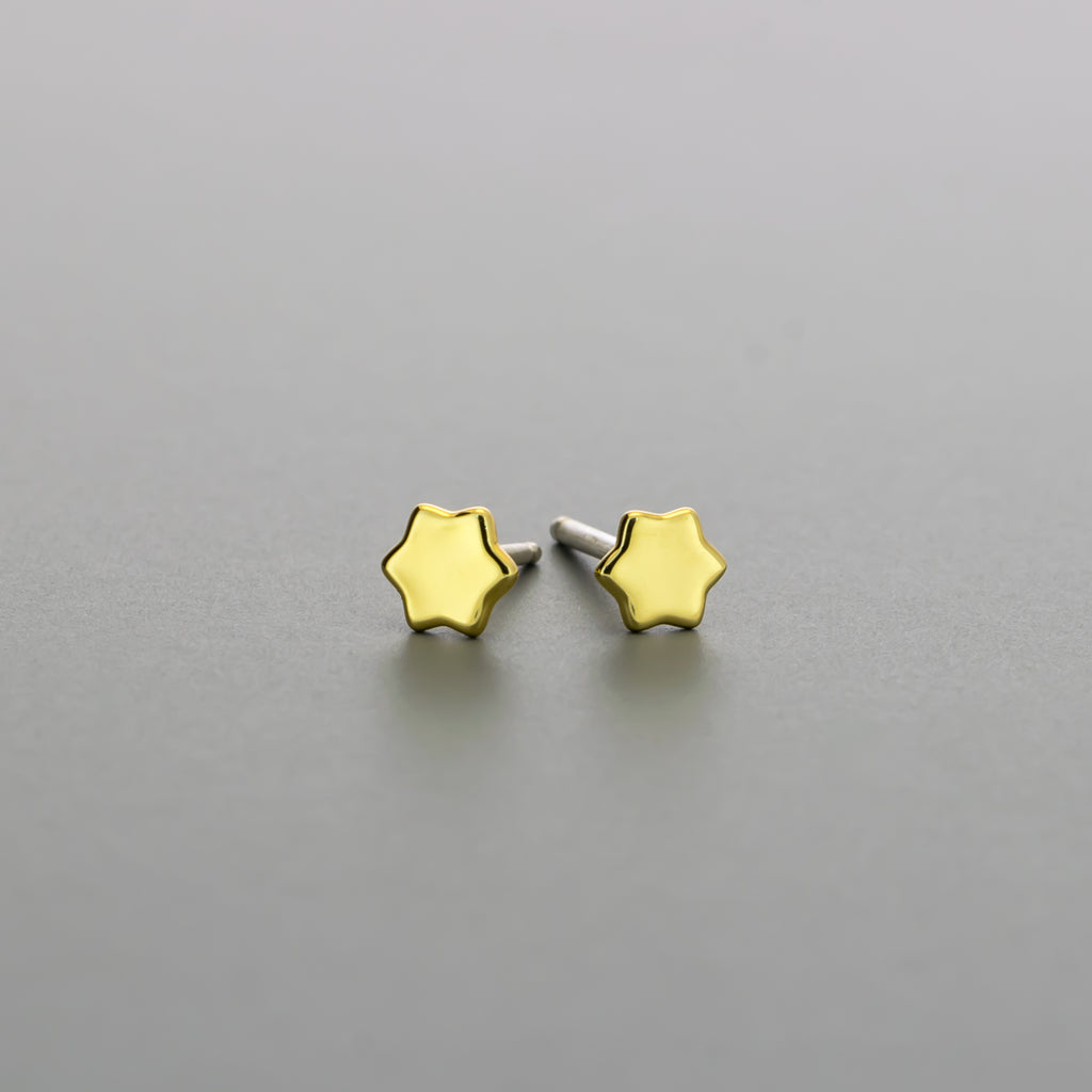 Tiny star stud earrings A-124