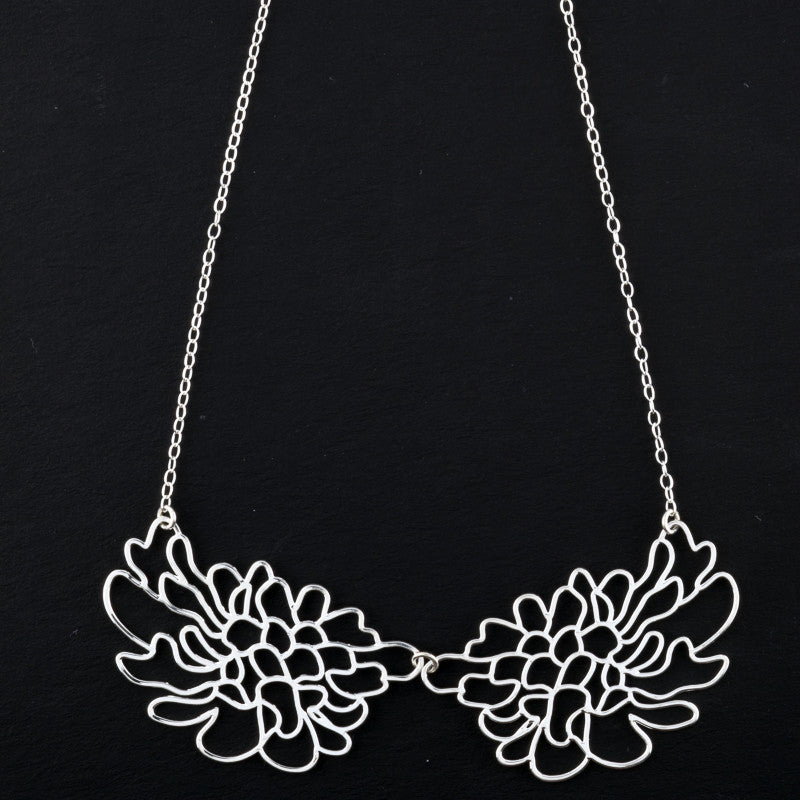 2 Mirrored Contour Flower Short Necklace