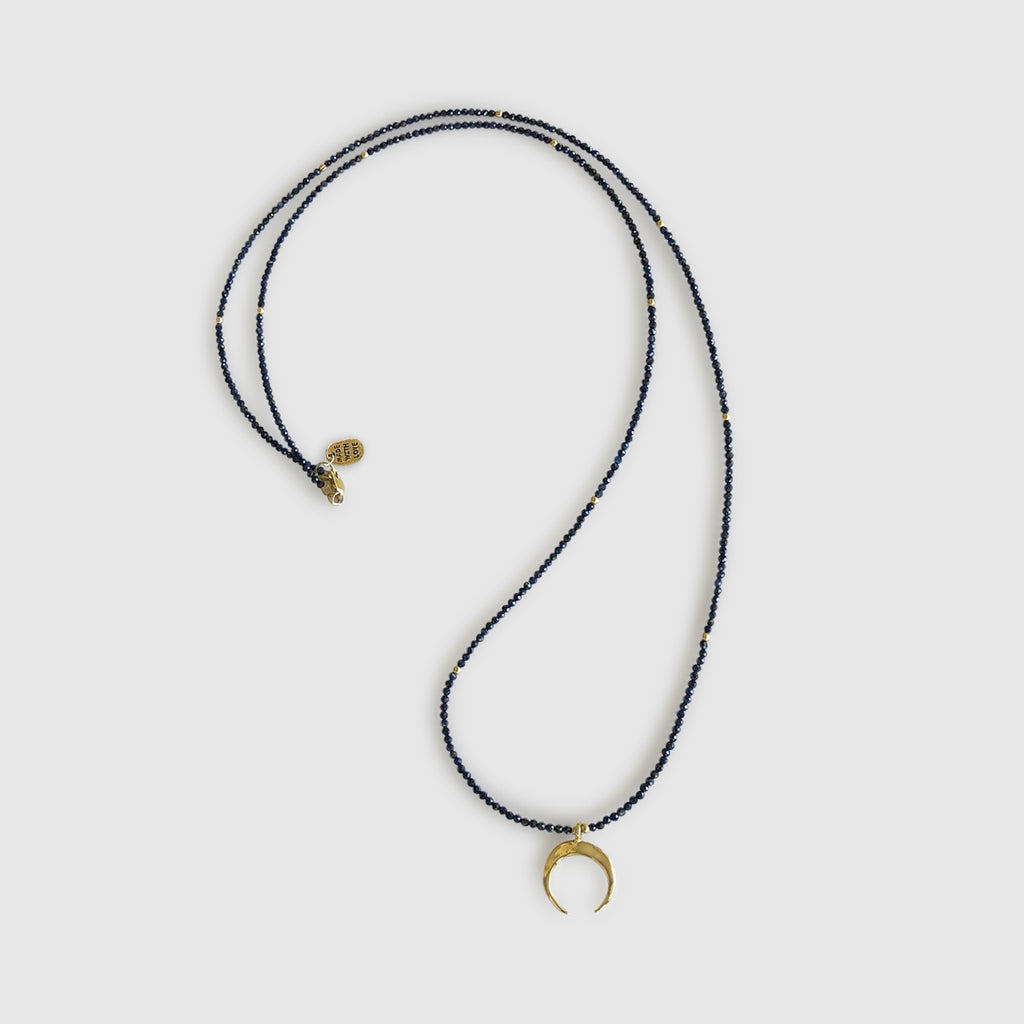 Ngao Long Necklace With Moon [ sapphire ]