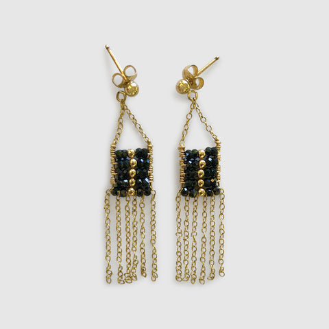 Utulivu Pendant Earring With Chain Tassels [ black spinel ]