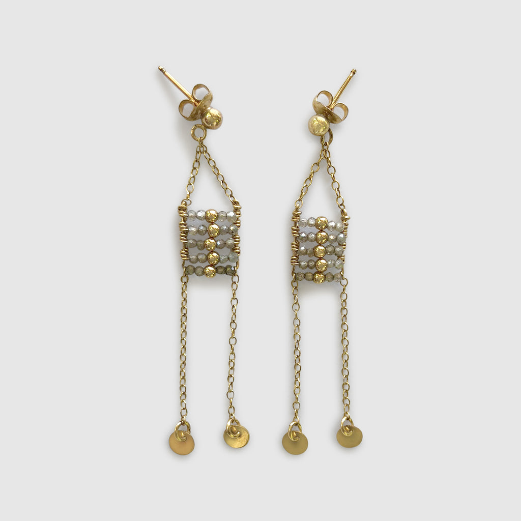Busara Pendant Earring With Shillinginis [zircon]