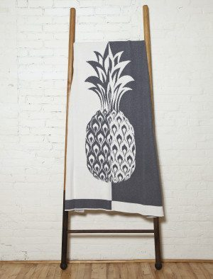 black and white pineapple eco throw