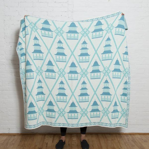 pagoda eco throw