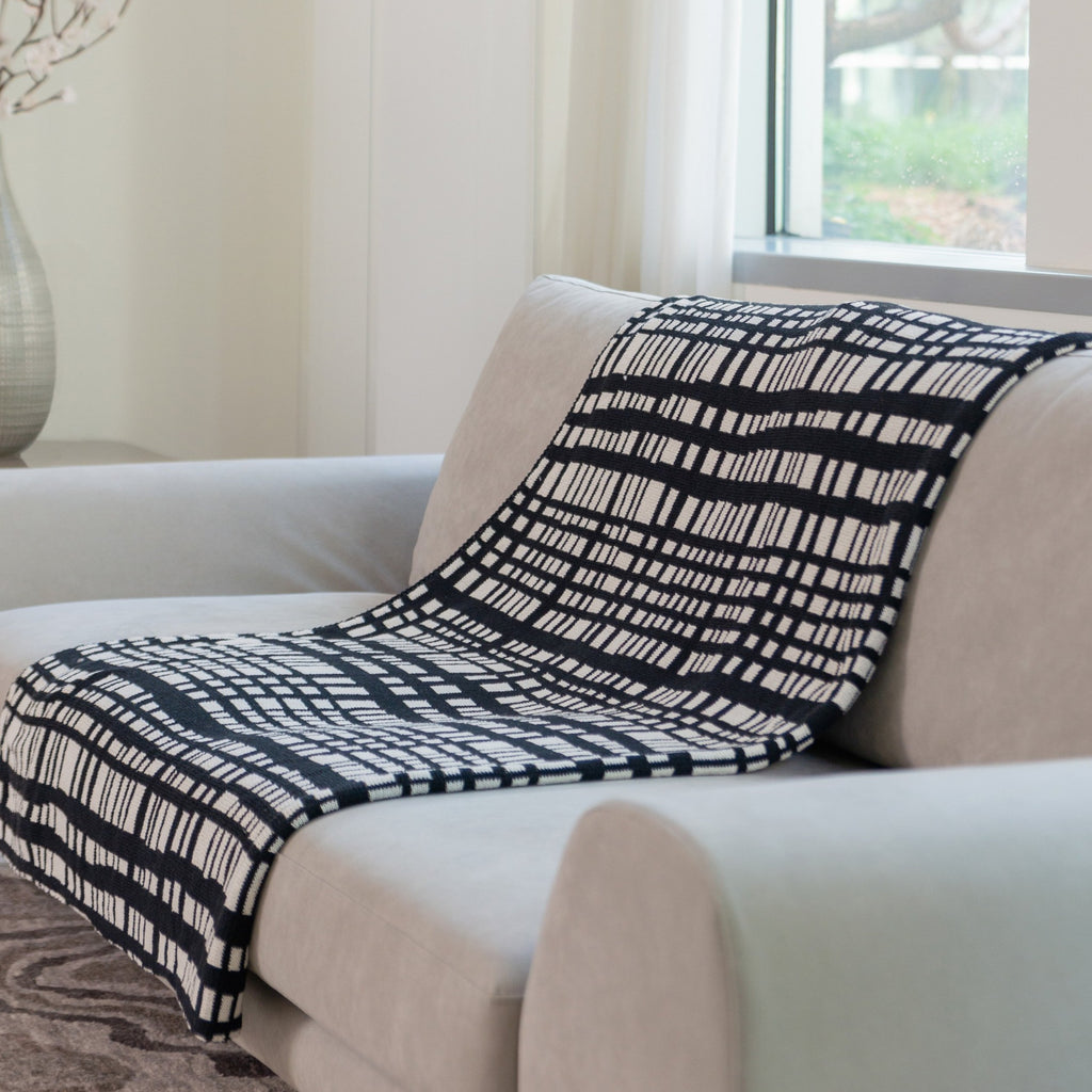 Eco Cross Bar Reversible Throw