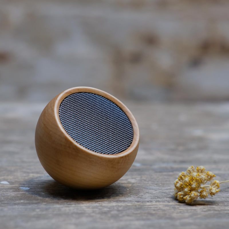 Snape Maltings Tumbler Speaker in Maple