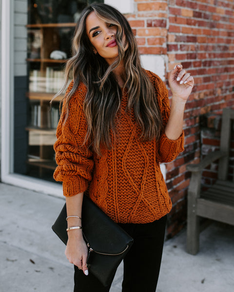 Holly And Ivy Cable Knit Sweater - Rust