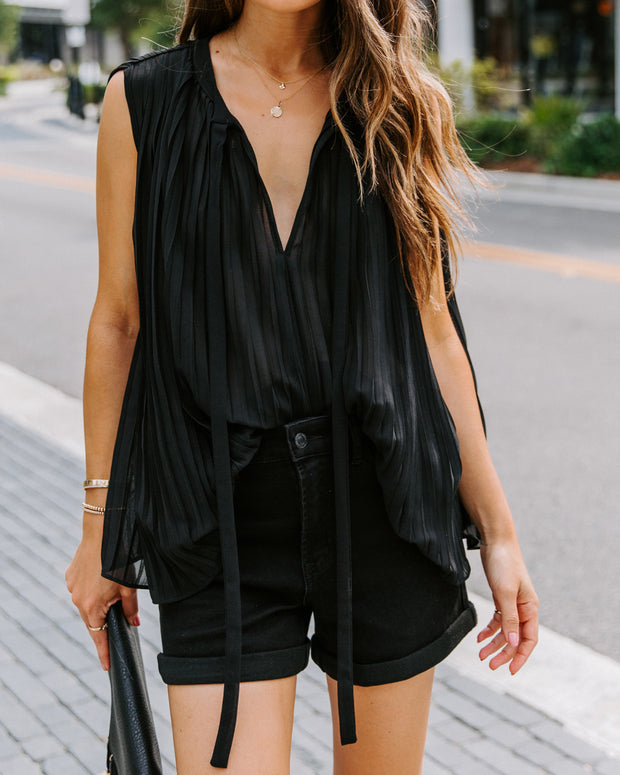 Fashionably Late Pleated Sleeveless Blouse - Black