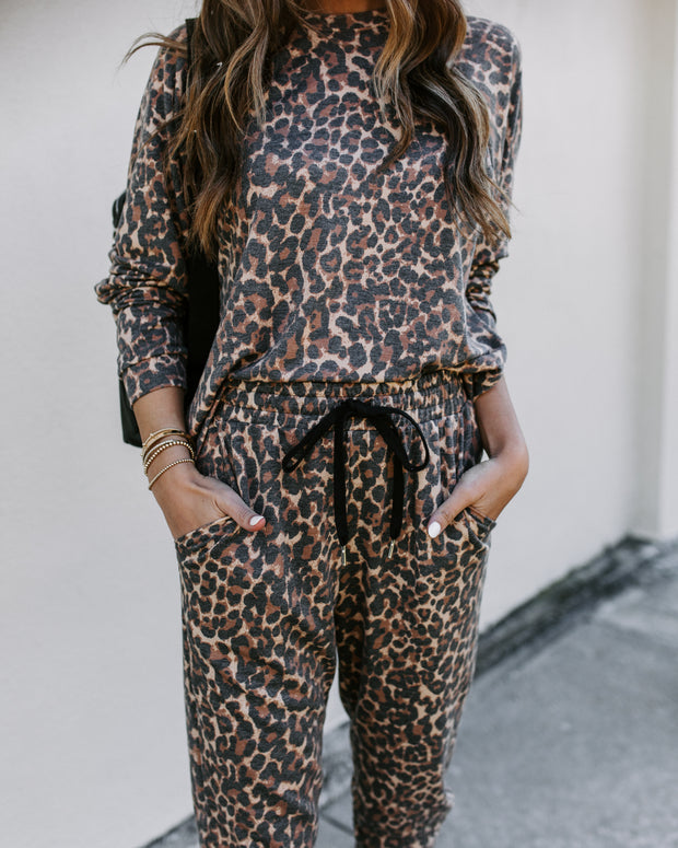Matchbox Pocketed Knit Leopard Joggers