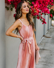 Get Your Gleam On Satin Pleated Midi Dress - Mauve