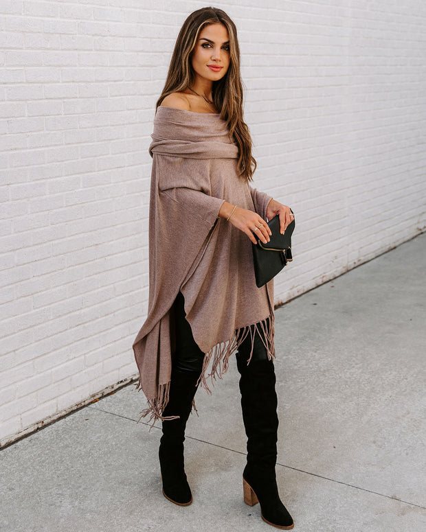 Novia Fringe Knit Poncho - Heather Grain