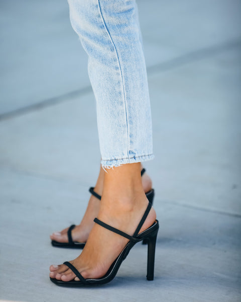 Clique Strappy Heeled Sandal - Black