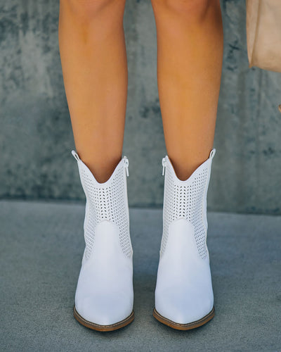 Bronco Perforated Western Boot - White