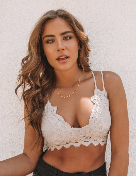 Crush On You Lace Bralette - Champagne