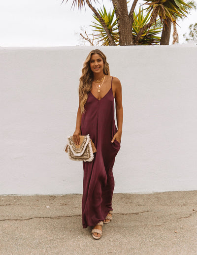 Olivian Pocketed Maxi Dress - Maroon