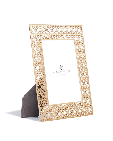 KENDRA SCOTT - Filigree Photo Frame - Brass