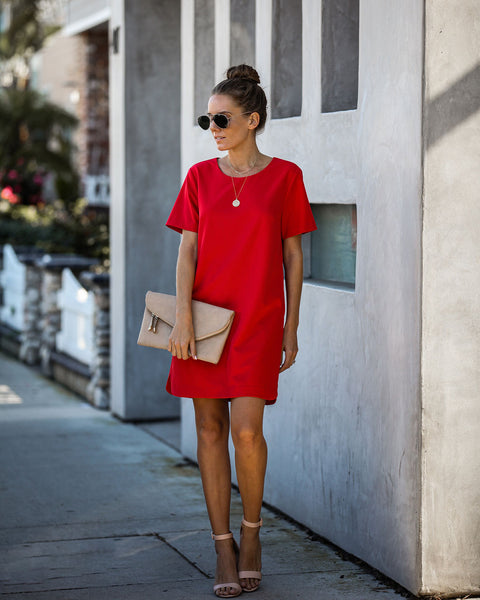 Ambitious Pocketed Short Sleeve Shift Dress - Red
