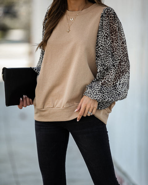 Venturesome Contrast Leopard Sleeve Knit Top