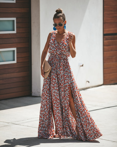 Bed Of Flowers Sleeveless Diana Maxi Dress