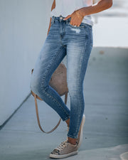 Tanner High Rise Distressed Skinny